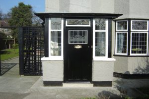 John Lennon's home Mendips, which you can go inside on our all day tours